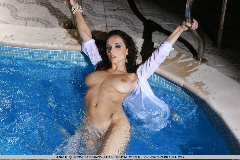 Beautiful big boobed naked woman